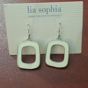 🍭 3/$25 🍭NWT Lia Sophia  dangly earrings